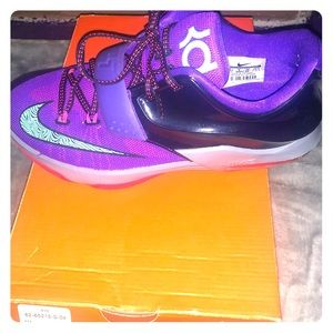Kevin Durant basketball tennis shoe